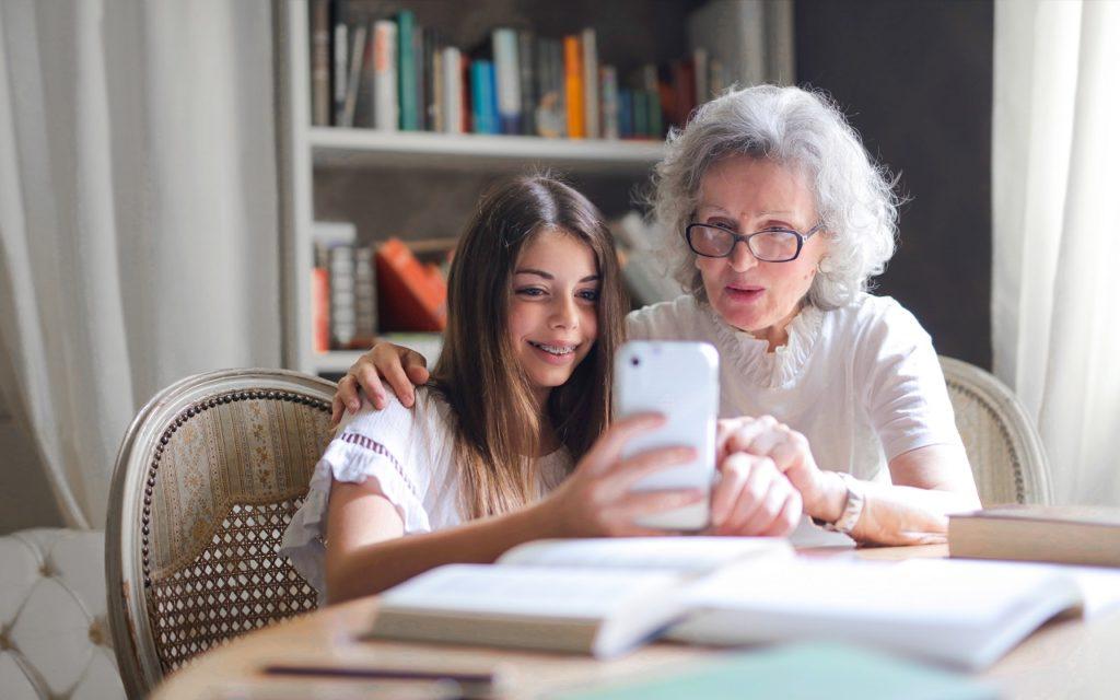 Großeltern als Alltagshelden